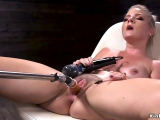 Big ass blondie having sex machines
